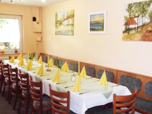 Gasthaus am Dorfanger – Ihr Gasthaus in Henningsdorf - Der Gastraum